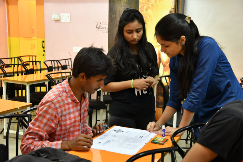 Interior designer workshop at times and trends academy for Interior design workshop